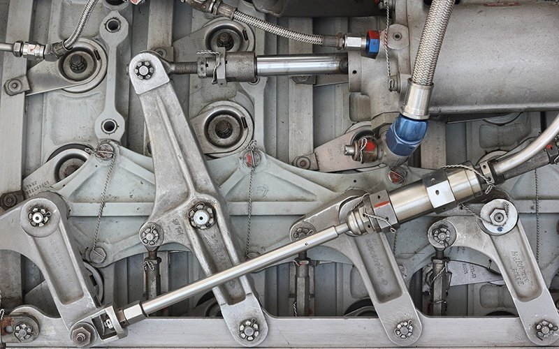 How to Prevent Contaminants Entering Your Hydraulic Cylinders